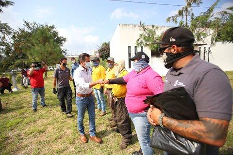 Pablo Lemus, Presidente Municipal de Zapopan en las actividades de reforestación.